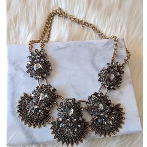 Nwt Bold Statement Necklace